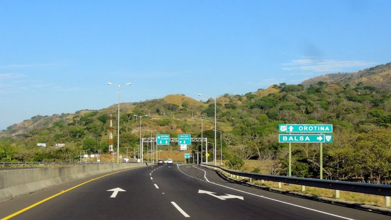 Ruta Madre: In Costa Rica We Drive On The Left, Pass On The Right