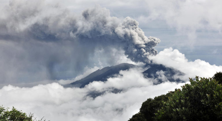 Experts Predict The Turrialba With Two More Years of Ashfall or An Eruption