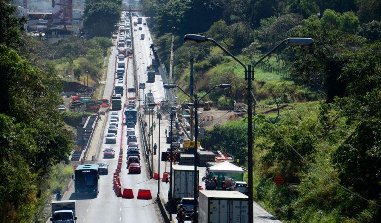 'Platina' Bridge Will Be Ready April 30, Minister of Transport Promises