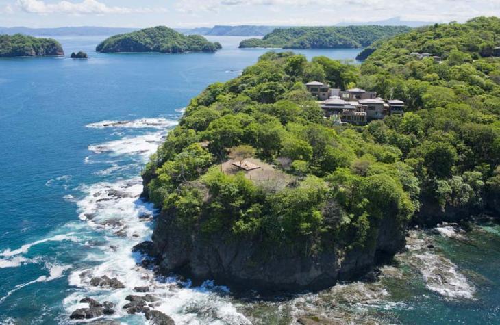 A Peek Inside the Kardashians US$16,500 A Night Costa Rica Holiday Villa