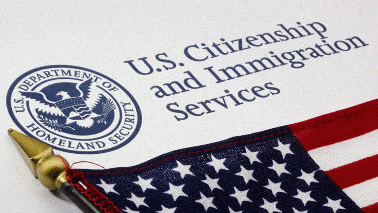 How the United States' stricter visa requirements affect Colombians