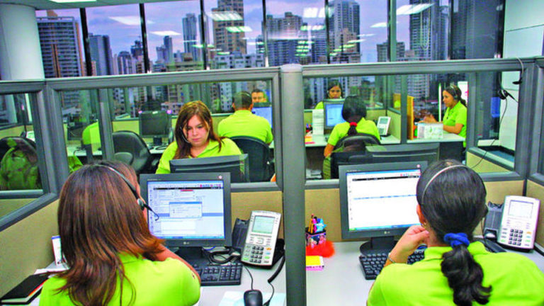 Call Center Business Loses Strength in Panama