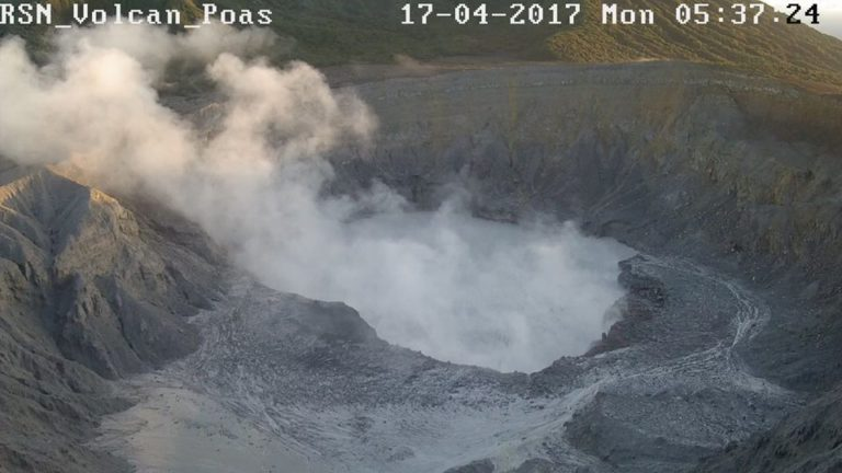 Eruptions Undermine Wall That Surrounded Poás Volcano Crater