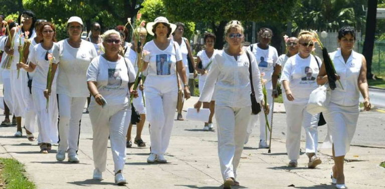Castro Regime Arrests Nearly 50 Ladies in White Activists Throughout Cuba
