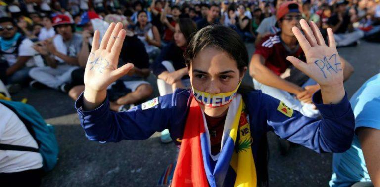 "IACHR: Venezuela Remains on Human Rights ""Black List"""