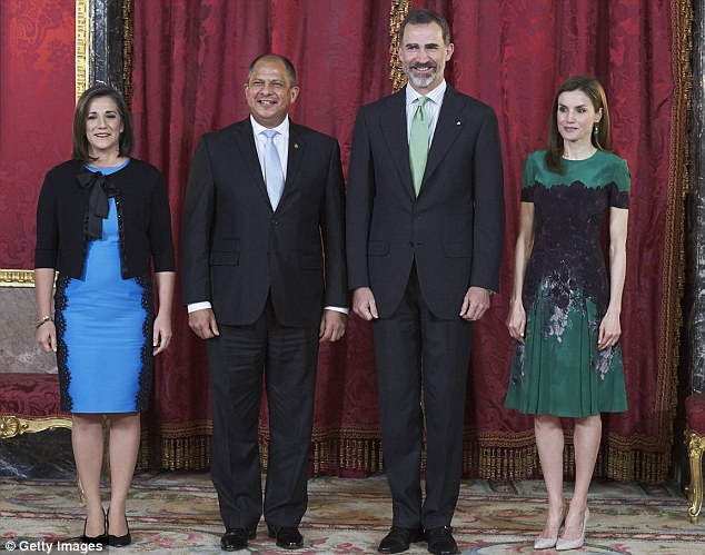 Spanish Royals Welcome Costa Rican President To Madrid's Royal Palace