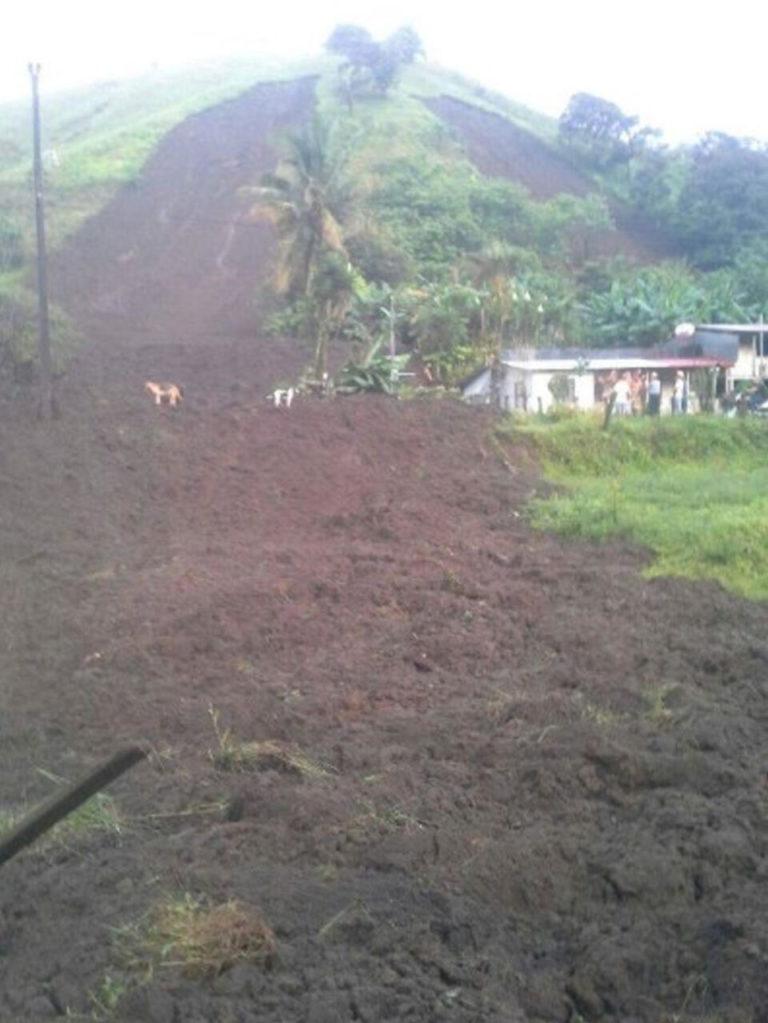 Rain Causes Landslides In Viejo Arenal, Tilaran