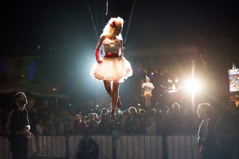 FIA 2017 Kicked Off With A Flying Circus, Music and The Tango