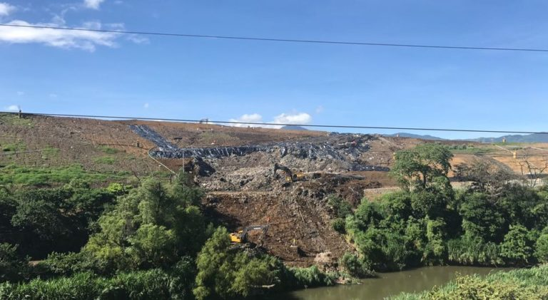 Belen Residents Complain Of Bad Odors Of Collapsed Landfill On San Jose Side Of The Virilla River