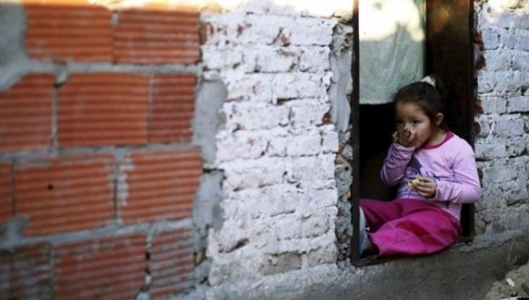 Almost Half of Argentina's Children Live in Poverty