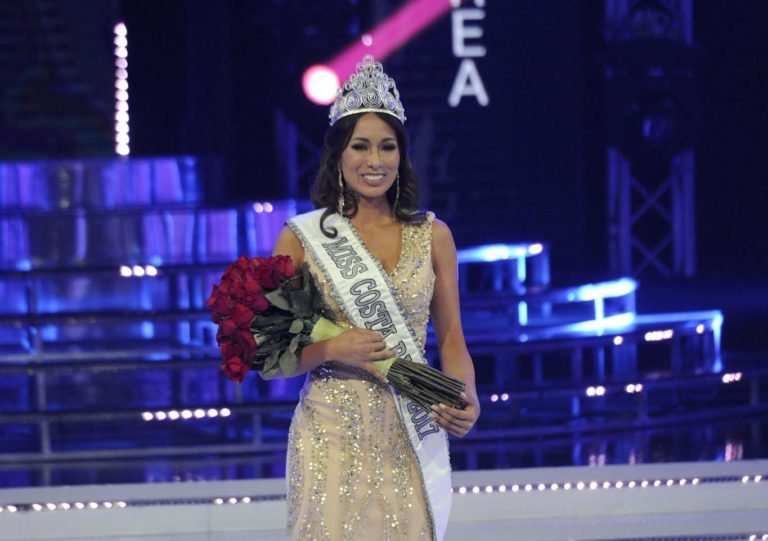 Elena Correa Officially Crowned Miss Costa Rica 2017