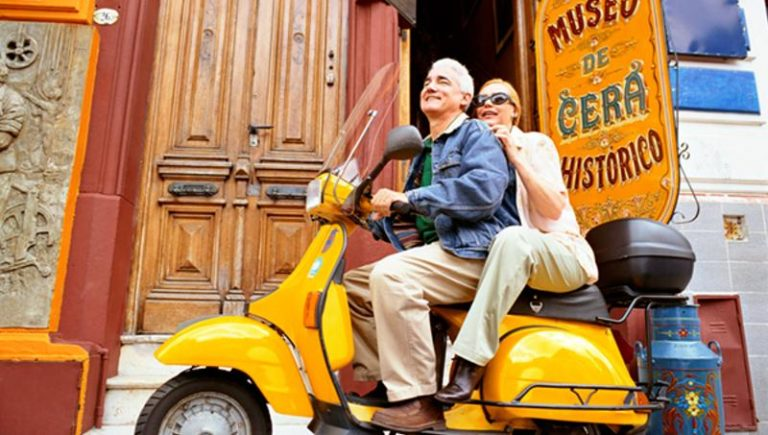 US Retirees in Mexico Face Being Thrown Out
