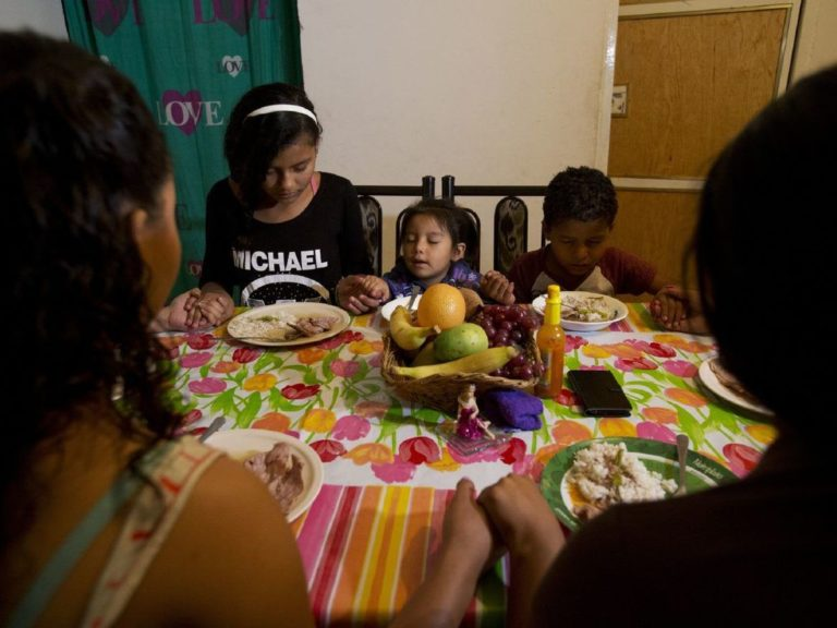More families fleeing Central America resettling in Mexico