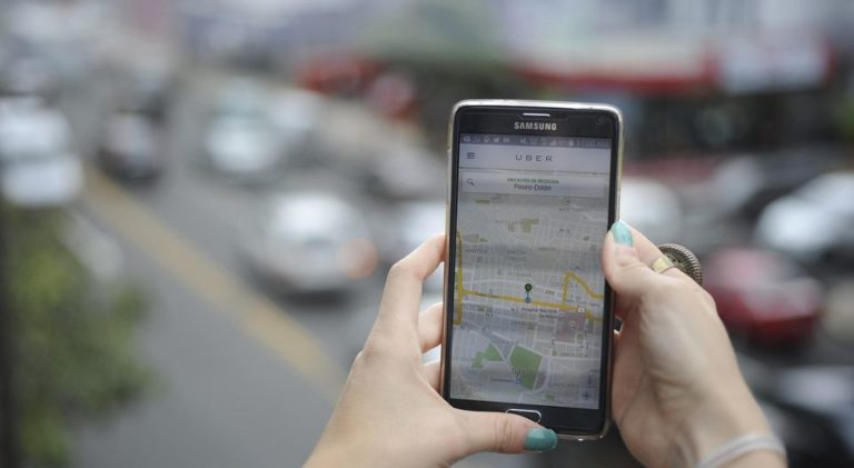 Government Admits Unable To Stop Uber Advertising On Social Networks and Search Engines