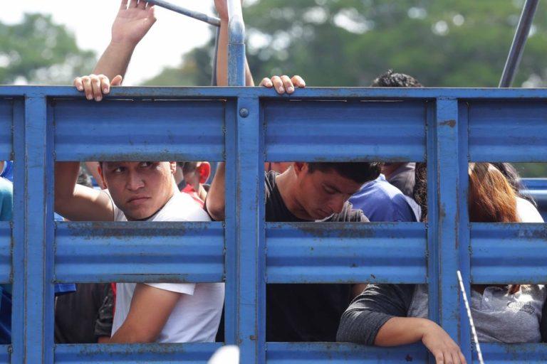 Amid escalating violence, El Salvador's young people are struggling to build a future