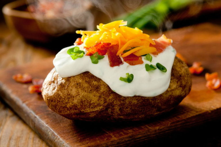 Why Wendy's Serves Fast Food's Only Baked Potato