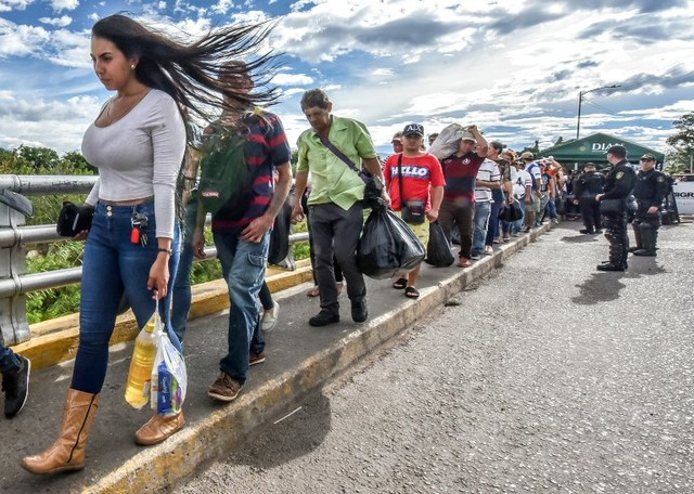 UN Urging Temporary Protection in Latin America For Fleeing Venezuelans