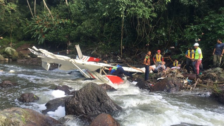 Small Plane With Five On Board Crashes In Pavas