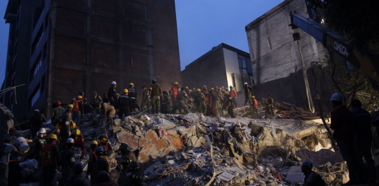 Report from Mexico earthquakes: spotlight falls on politicians in aftermath of latest tragedy