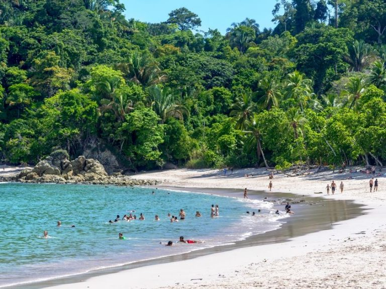 Robbins: Four Resorts Reveal The Many Sides of Costa Rica