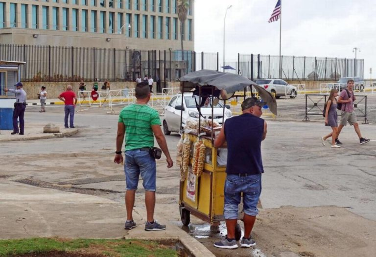 U.S. Suspends All Visas for Cubans, Withdraws Most Staff From Embassy in Havana