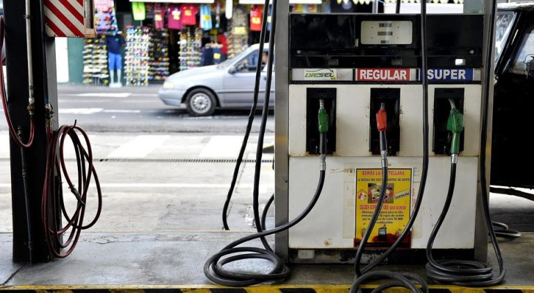 Christmas Arriving In November in Costa Rica: Gas Price Drop On The Way