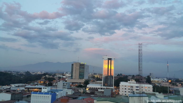 San José Sunset One Day After The Turrialba Eruption