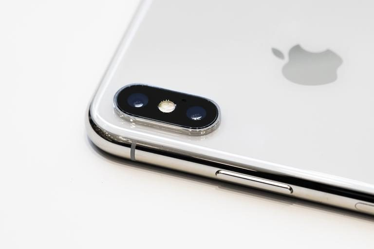 Pre-ordering the iPhone X? Maybe You Should Wait. Or Maybe Not.