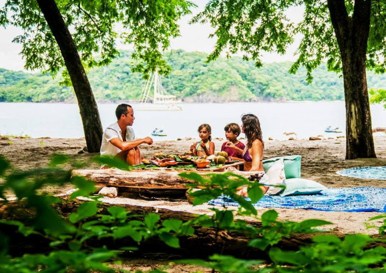 Picnic in paradise? Don't mind if we do.