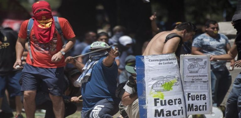 Day of Fury in Buenos Aires as Leftists, Kirchnerists Riot & Loot Argentina's Capital