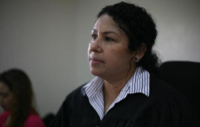 Judges in Nicaragua learn to see the world through the eyes of vulnerable women