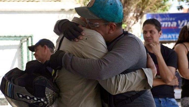 Colombia Bomb Attack Kills Five Police, Injures Dozens