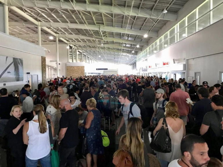 San Jose And Liberia Airports Without Immigration Control For More Than 30 Minutes Wednesday
