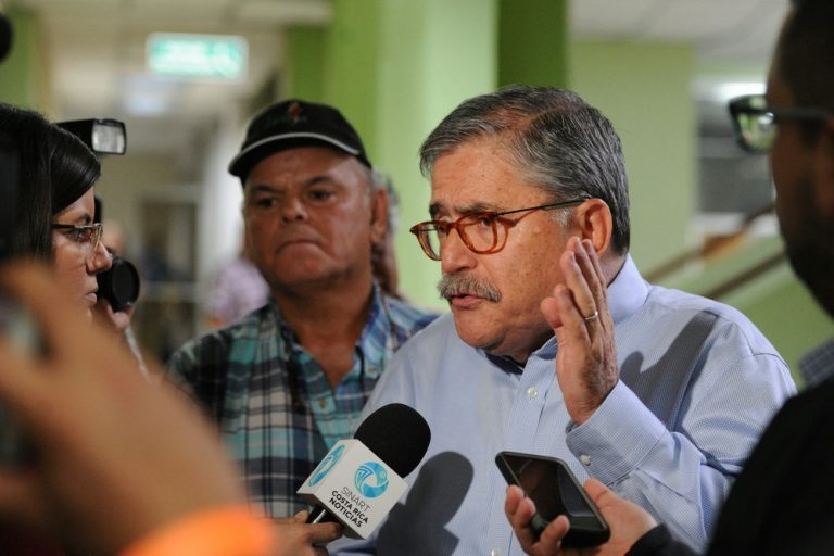 Juan Diego Castro Launches Violent Attack Against La Nacion