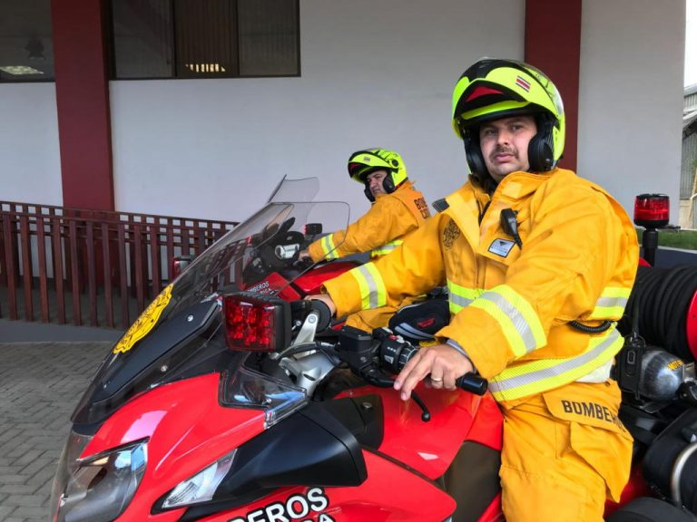 Bomberos (Fire Fighters) on Motorcycles