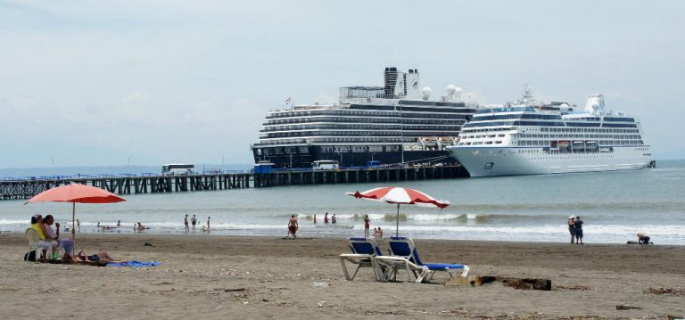 More Cruise Ships Arriving in Costa Rica