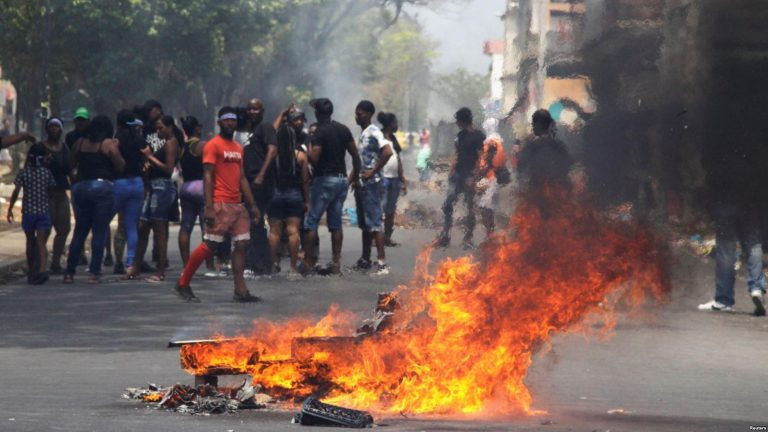 Protest Over Infrastructure Turns Violent in Panama
