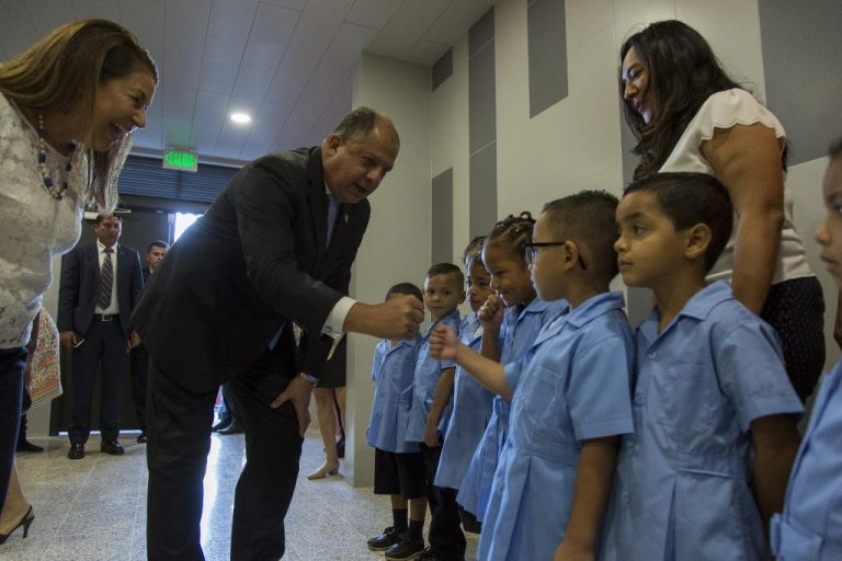 La Carpio Gets Its New School