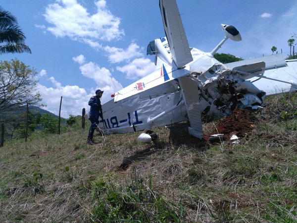 Pilot and Student Die After Plane Crash in Nandayure