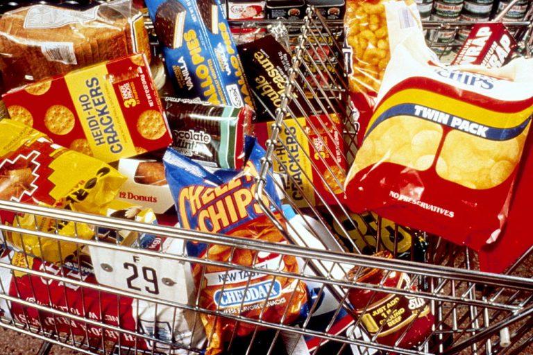Tax on Soft Drinks and Snacks Heats Up Tax Reform Debate