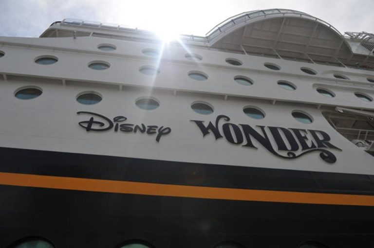 Disney Cruise Ship Docked in Costa Rica After 7 Year Absence