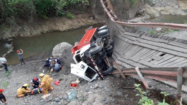 Two Injured In Mora As The Wooden Bridge Collapsed Under Loaded Dump Truck