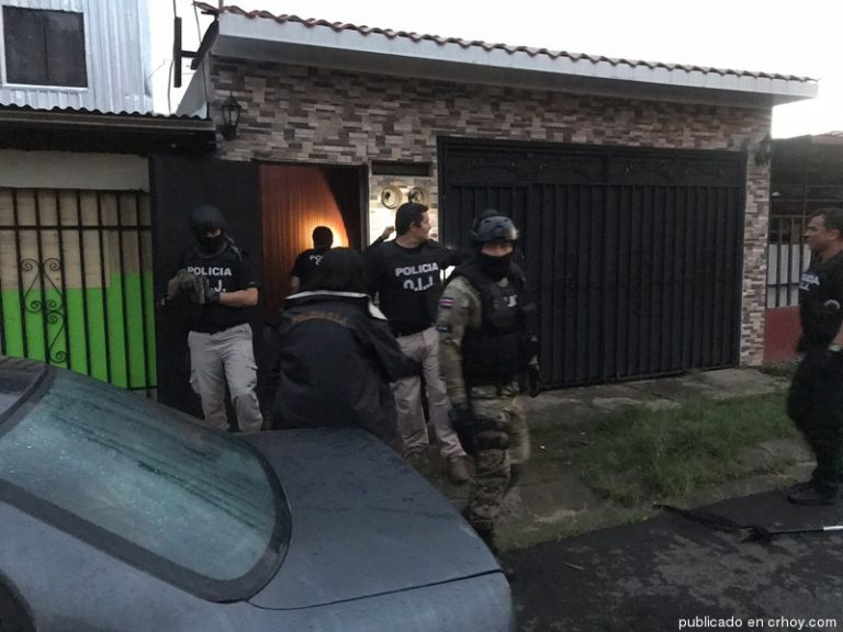 OIJ raids 40 houses to dsimantle drug distribution network in Heredia (Photos)