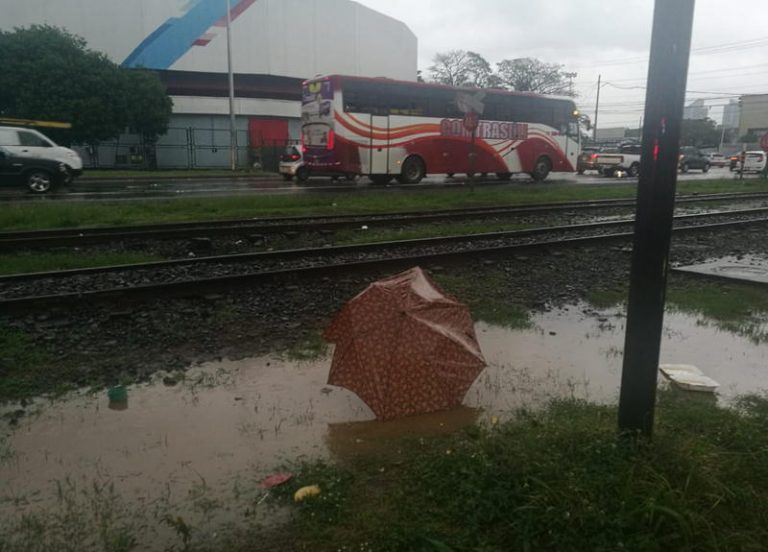 75 Year Old Man Hit By Train In Sabana Sur