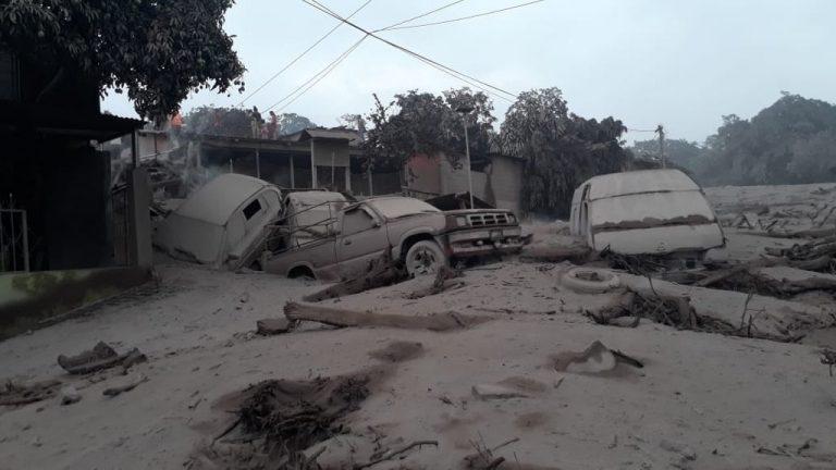 Guatemalan Volcano Erupts: 25 Killed, Over 2000 Evacuated (Photos)