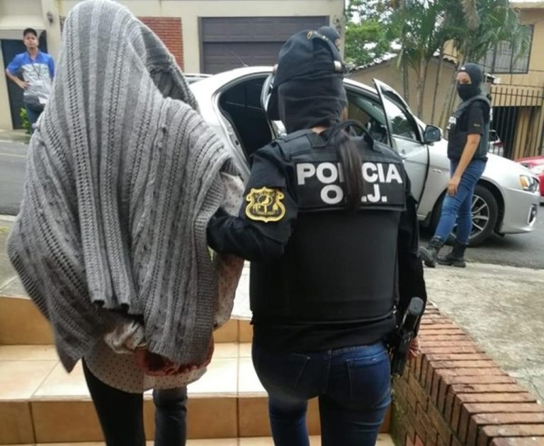 Woman Detained in Escazú For Prostituting Young Girls She Hired As Massage Therapists