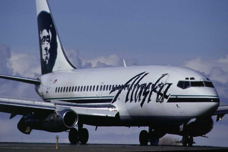 Alaska and United Announce More Flights From U.S. During High Tourist Season