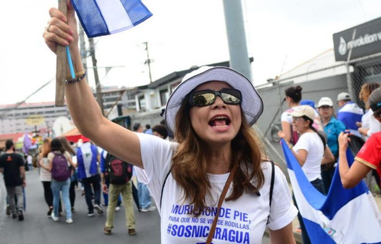 """""""Ortega Assassin!"""": Ticos and Nicas Shout In San Jose Against The Violence in Nicaragua"""