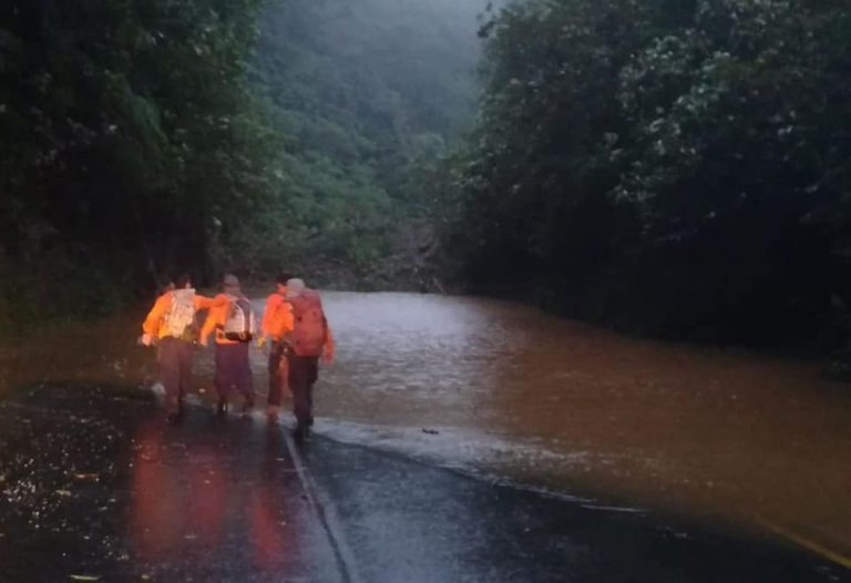 Yellow Alert: Rains Generated By High Pressure System Hit Hard Limón and Turrialba
