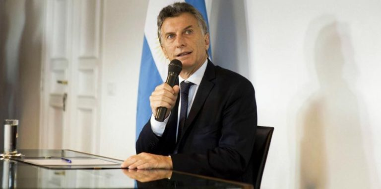"""""""Argentina on the rocky road to recession"""", anticipates The Economist"""